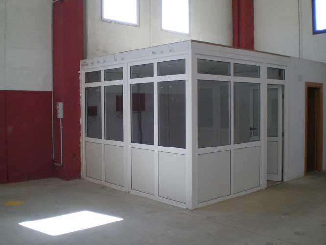 Realizamos todo tipo de cerramientos en aluminio y en pvc for Cerramientos de jardines fotos